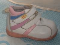 продаю детская обувь разная