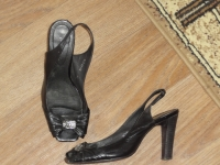 Продаю Женская обувь 40 р р