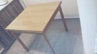 Продаю Столы стулья Продам