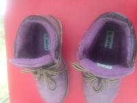 Продаю Детская обувь Продаю