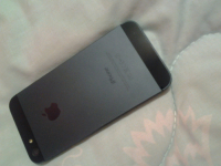 Продаю Телефон Айфон 5