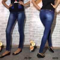 продаю женская одежда джинсы