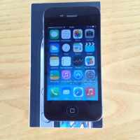 продаю телефон apple iphone 4
