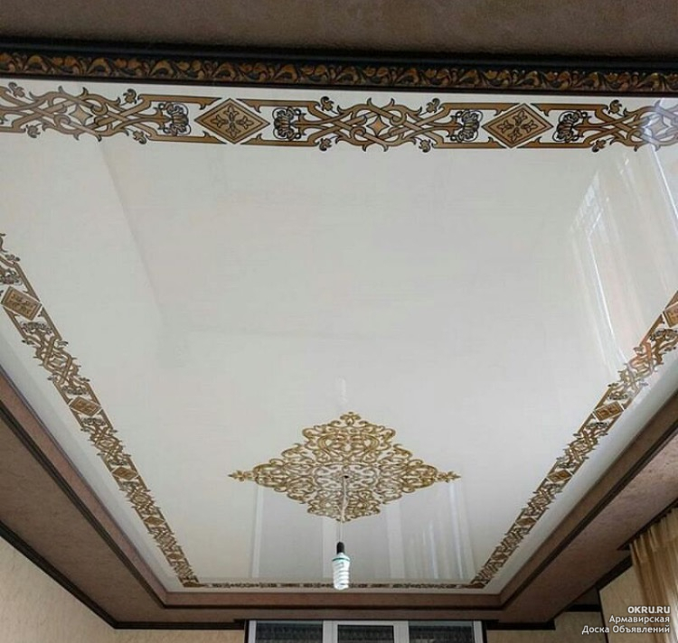 Французский натяжной потолок тканевый фото